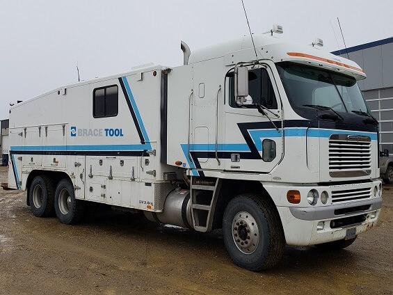 Slickline/Eline Combo Truck #104